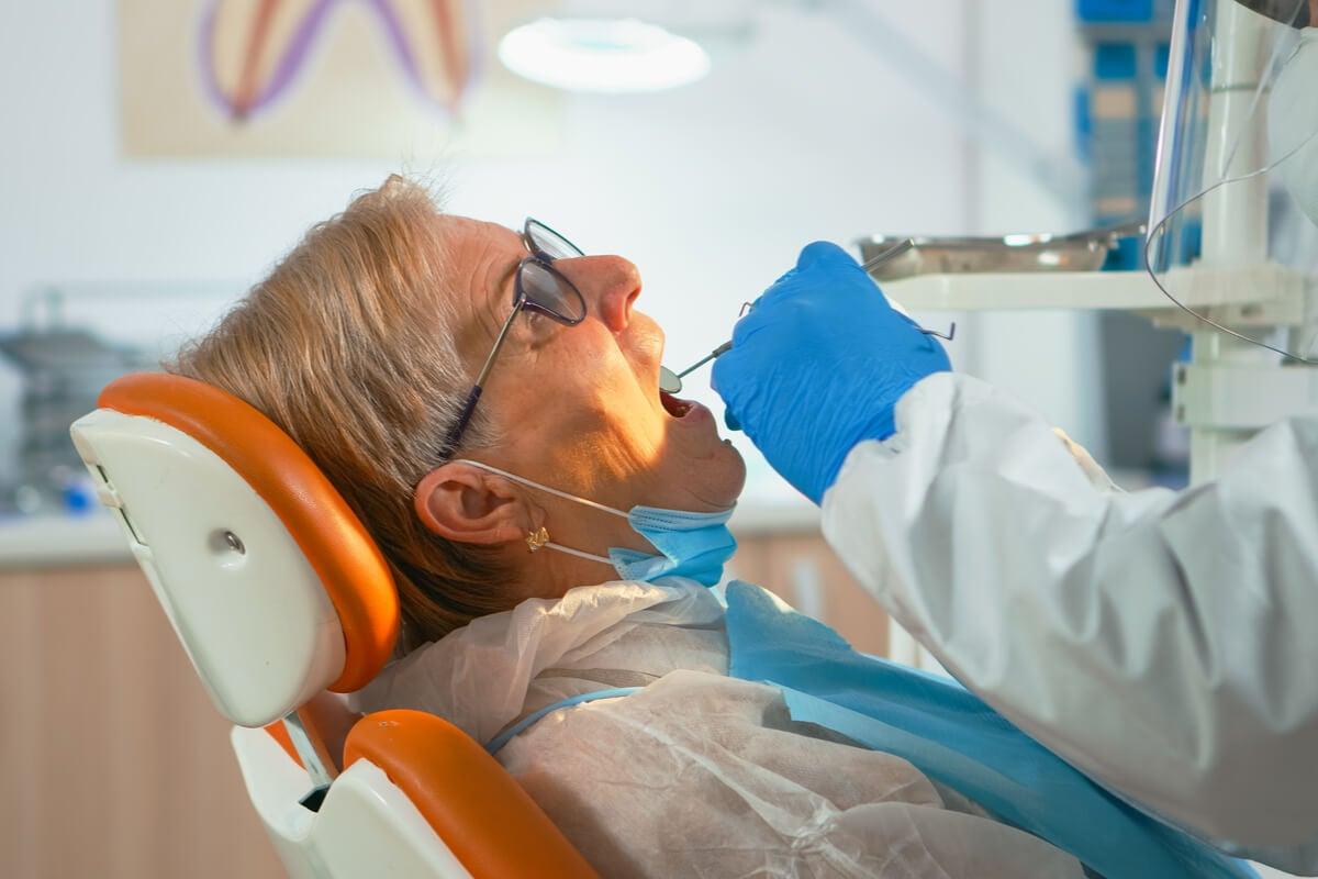 Tratamiento de ortodoncia para adultos mayores.