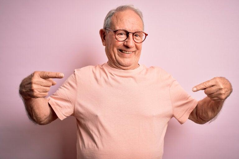 Cómo potenciar la autoestima en una persona mayor