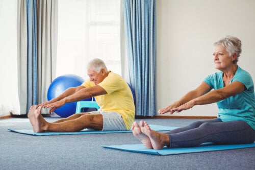 14 beneficios de pilates para adultos mayores