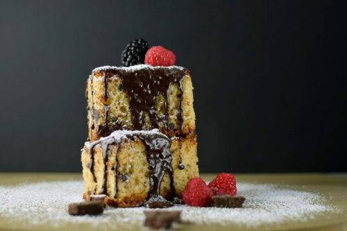 Bizcocho de frambuesa y chocolate