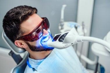 ¿Cuánto tiempo dura un blanqueamiento dental?