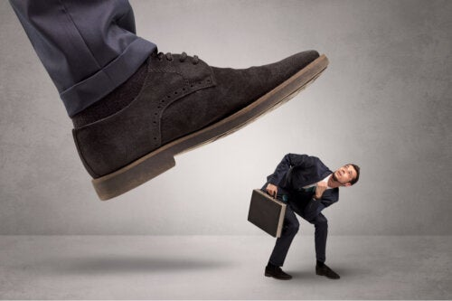 Síndrome de Estocolmo laboral: ¿en qué consiste y cómo tratarlo?
