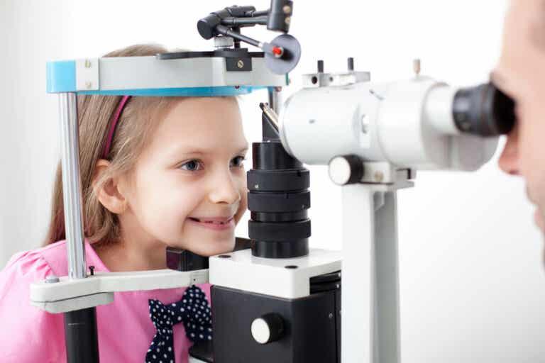 Importancia de los exámenes visuales en la infancia