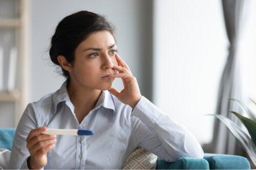 ¿Qué es la línea de evaporación en la prueba de embarazo?