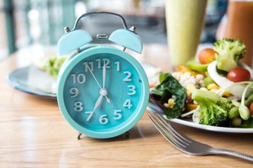 La mejor hora del día para comer, según la ciencia