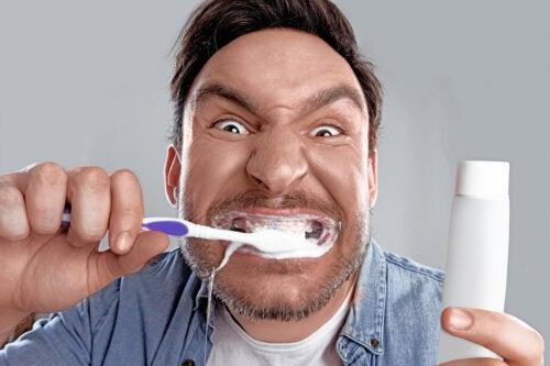Blancorexia, obsesión por unos dientes blancos