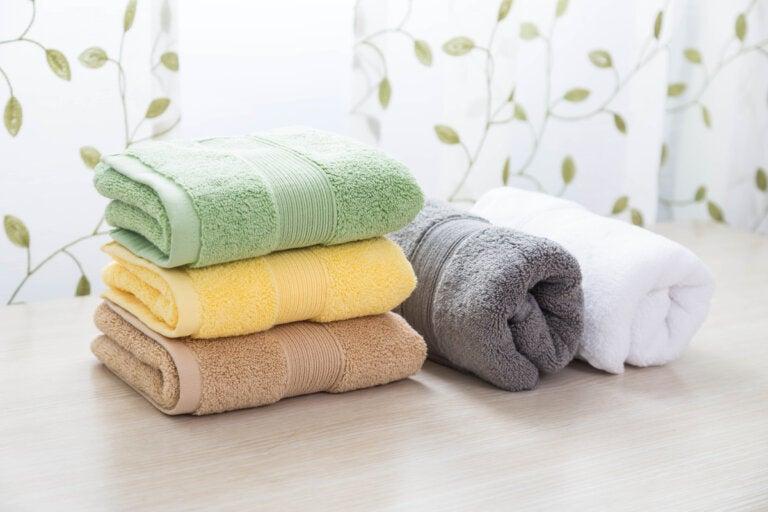 6 consejos para guardar las toallas