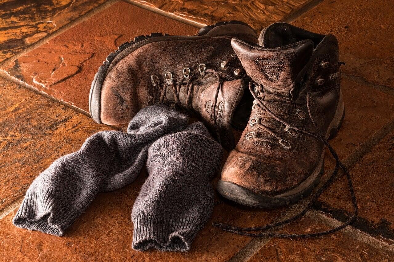 Viejos calcetines y botas.