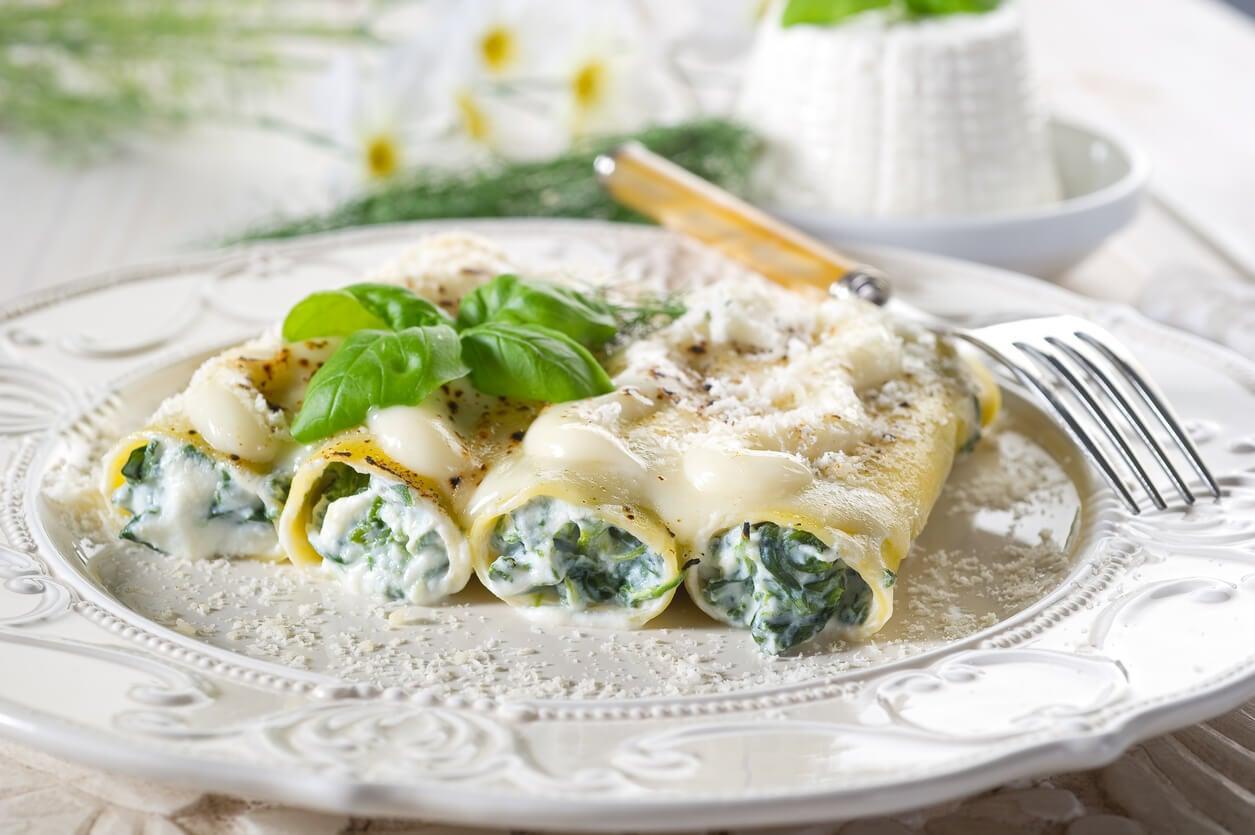 Receta de canelones de espinacas: fácil y deliciosa