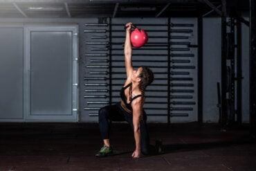 7 ejercicios compuestos para añadir a tu rutina