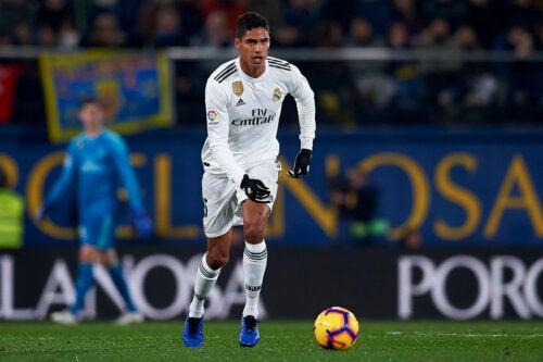 La lesión de Varane que le impedirá jugar la semifinal contra el Chelsea