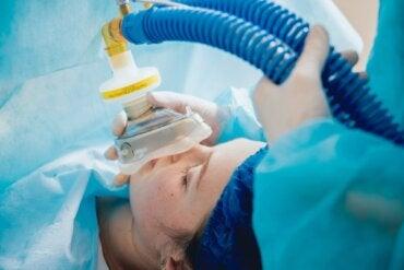 Anestesia general: en qué consiste y cuáles son sus riesgos
