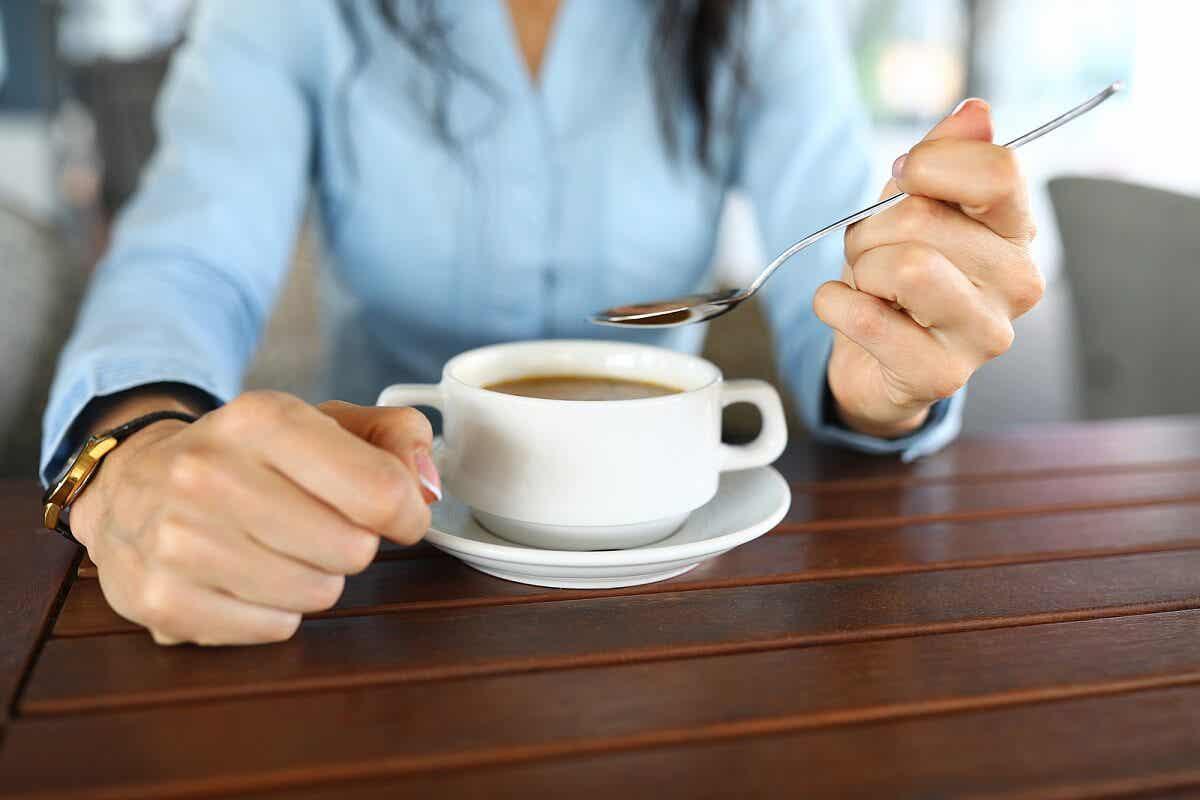 ¿Cuál es el objetivo de la dieta de líquidos claros?