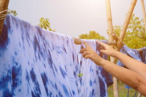 4 consejos para teñir ropa en casa