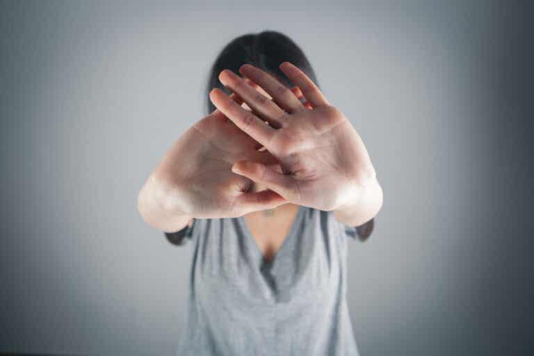 Escopofobia o miedo a ser observado: ¿por qué ocurre?