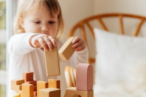 Las 4 etapas del desarrollo cognitivo según Piaget