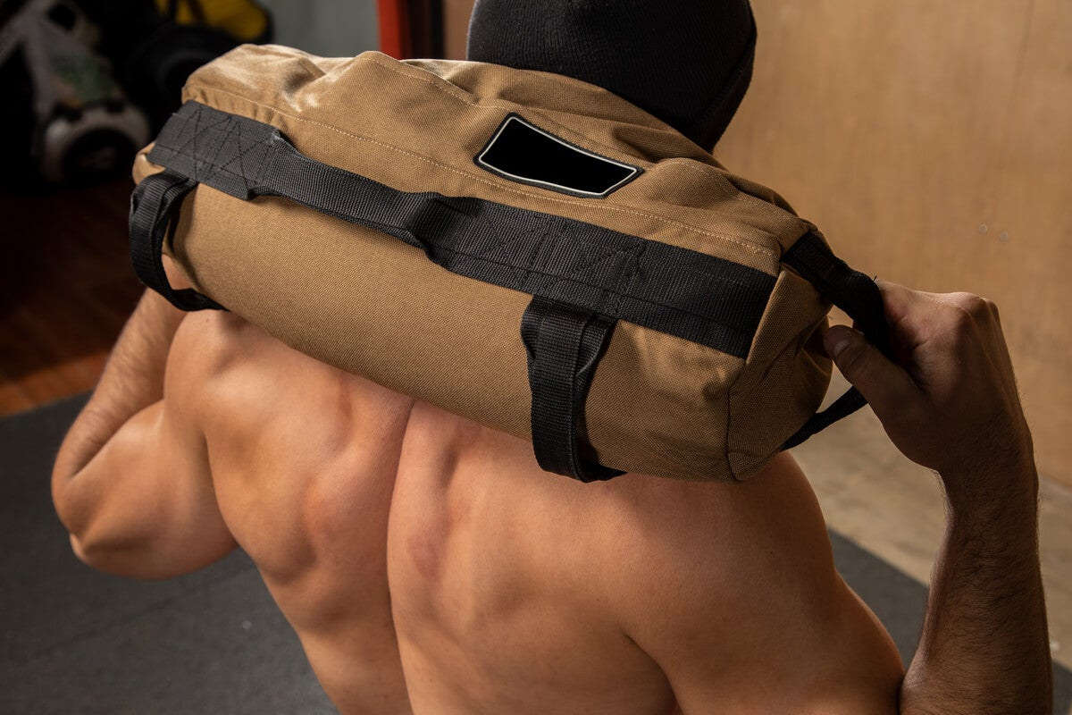 Rutina con saco búlgaro o sandbag.