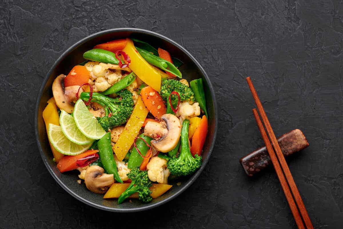 Wok de verduras.