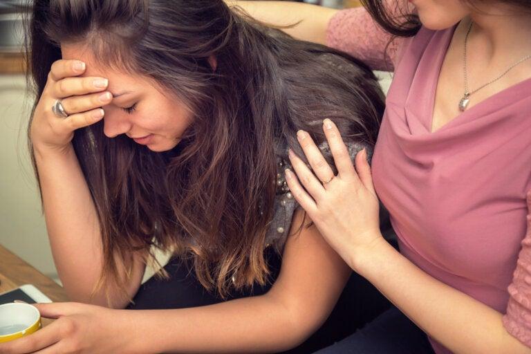 5 consejos para consolar a una persona que está triste