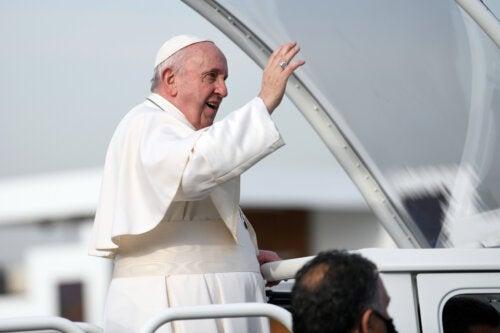 Qué es la estenosis diverticular del colon, la enfermedad que afecta al Papa Francisco