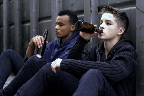 Alcoholismo en adolescentes: todo lo que debes saber