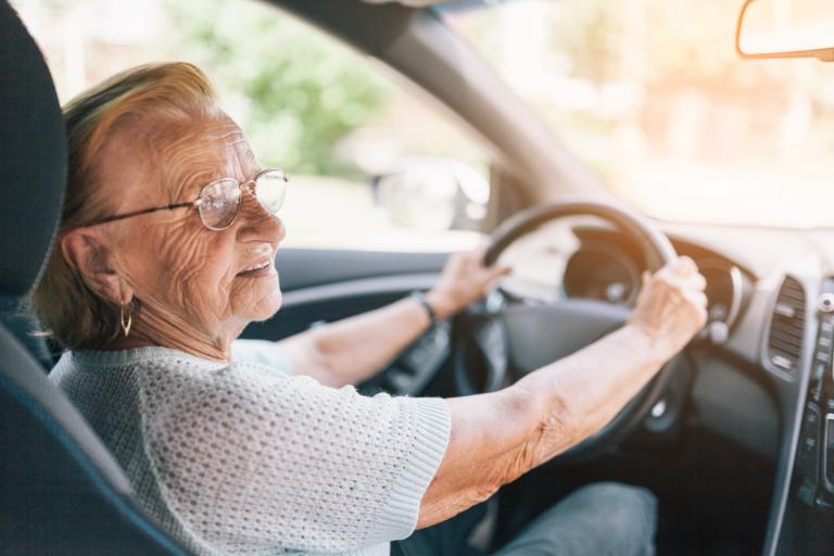 8 señales que muestran que ya es hora de dejar de conducir