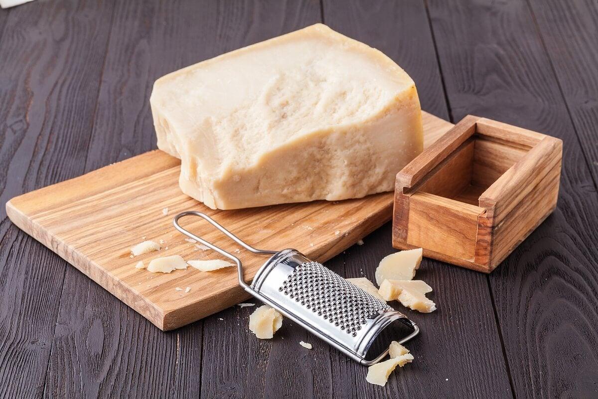 Características do queijo parmesão