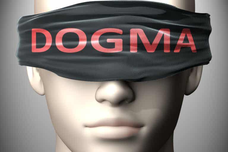 ¿Qué es el dogmatismo y cuáles son sus características?