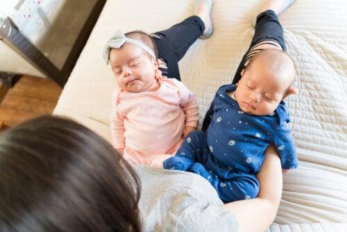 5 errores que debes evitar en la crianza de hermanos mellizos o gemelos