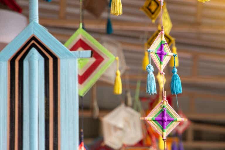5 ideas para hacer móviles de techo