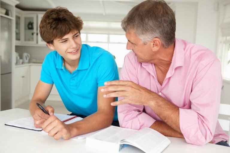 5 consejos para poner límites a un hijo adolescente