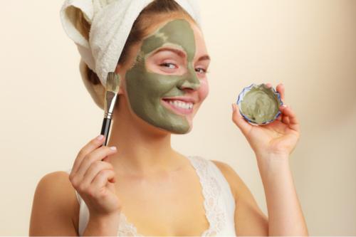 Mascarillas antioxidantes con té verde para revitalizar la piel y el cabello