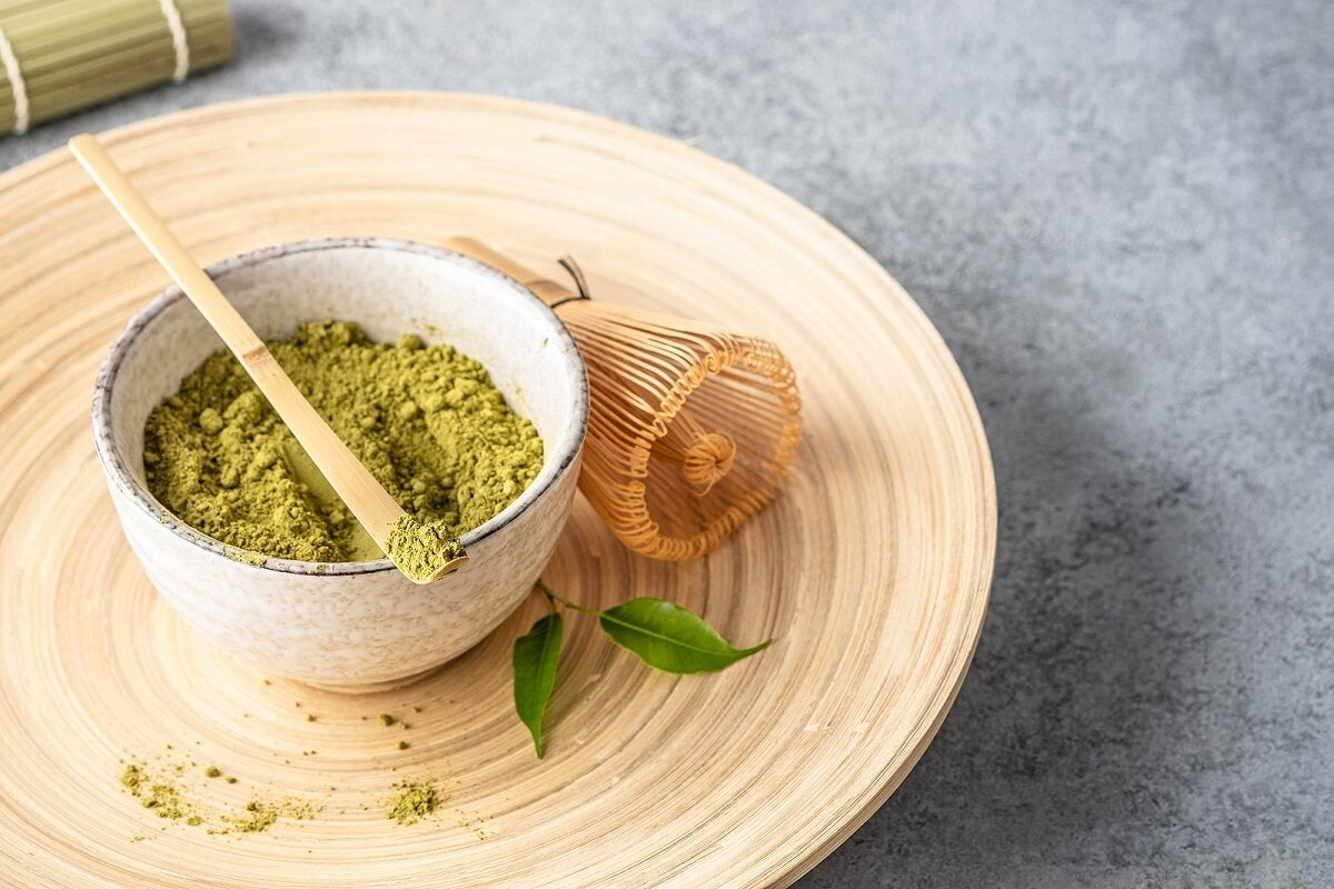 Benefícios do chá verde para a pele e o cabelo