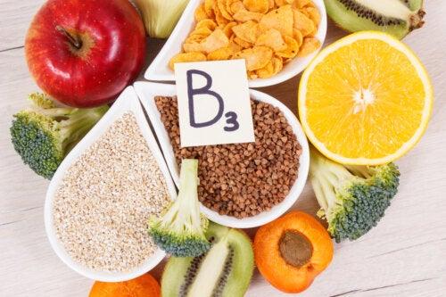 Vitamina B3: funciones, fuentes alimenticias y consecuencias de su déficit
