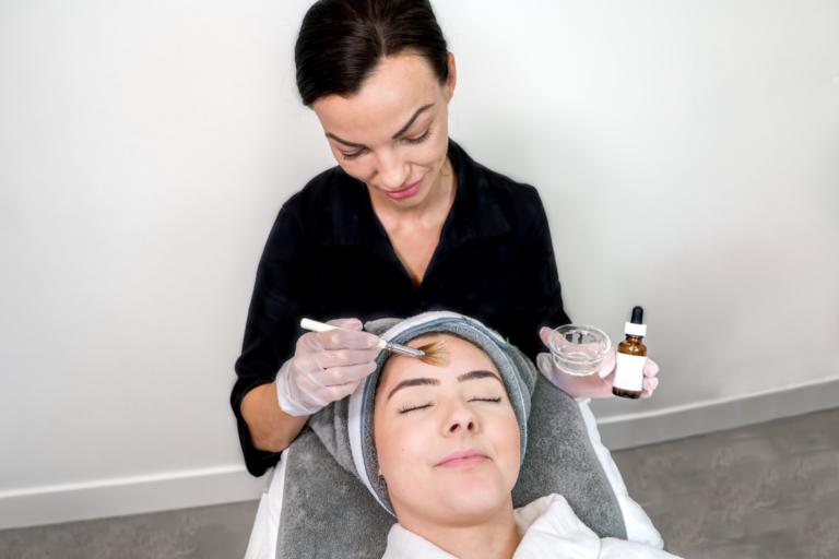 13 beneficios del ácido salicílico para la piel