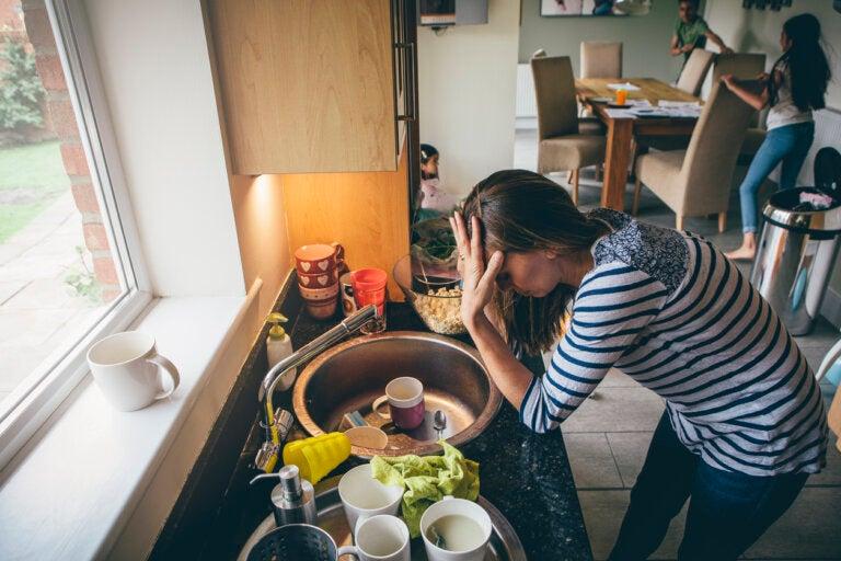 7 consejos para mantener la cocina ordenada mientras cocinas