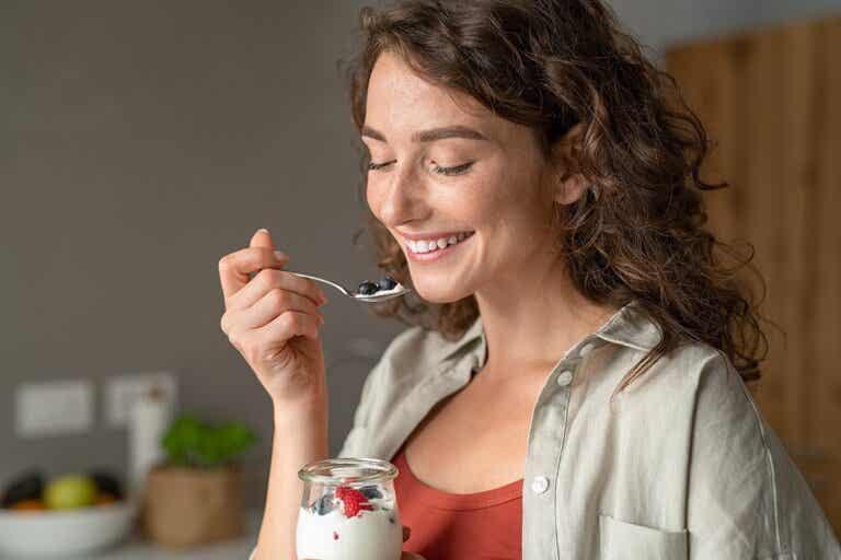 6 recetas de desayunos saludables con yogur
