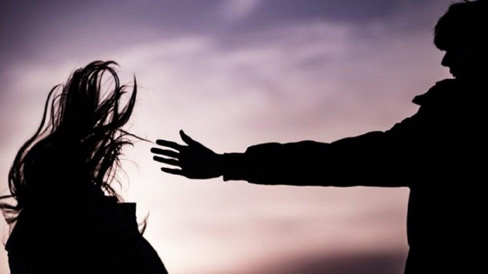 Signos de violencia en las parejas adolescentes.