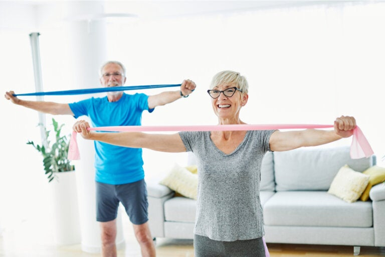 Beneficios del entrenamiento de resistencia para adultos mayores