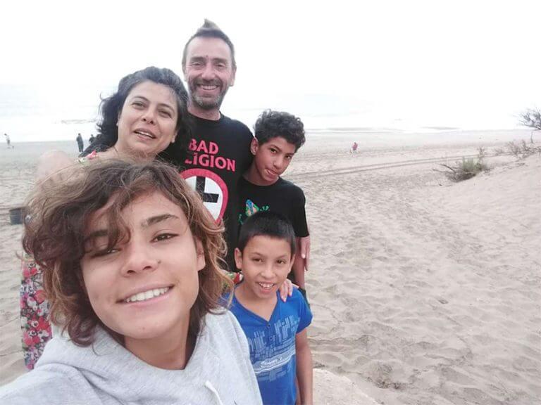 Los familia feliz