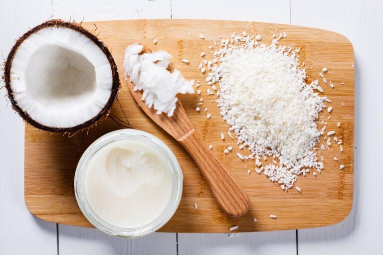 Cómo preparar y utilizar mantequilla de coco en casa