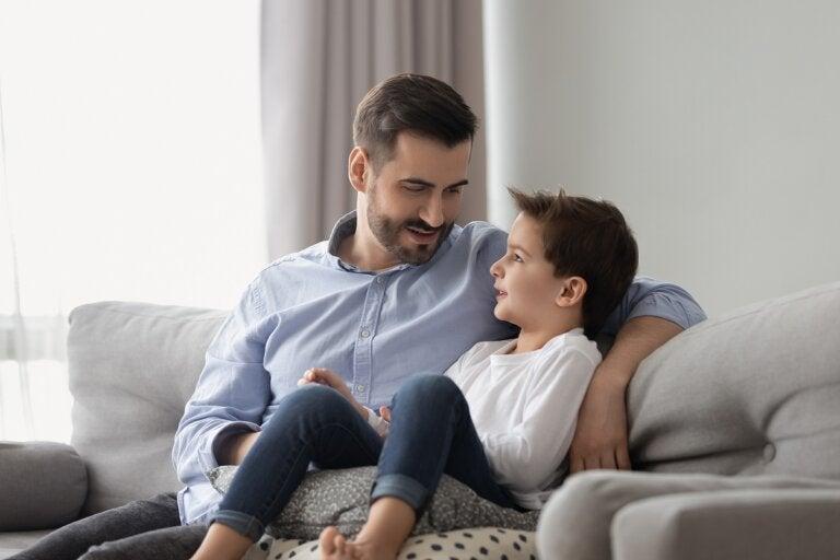 ¿Cómo enseñar a mi hijo a ser honesto? 5 consejos claves