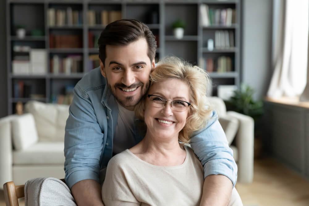 Si quieres conocer realmente a una persona, fíjate en cómo trata a su madre